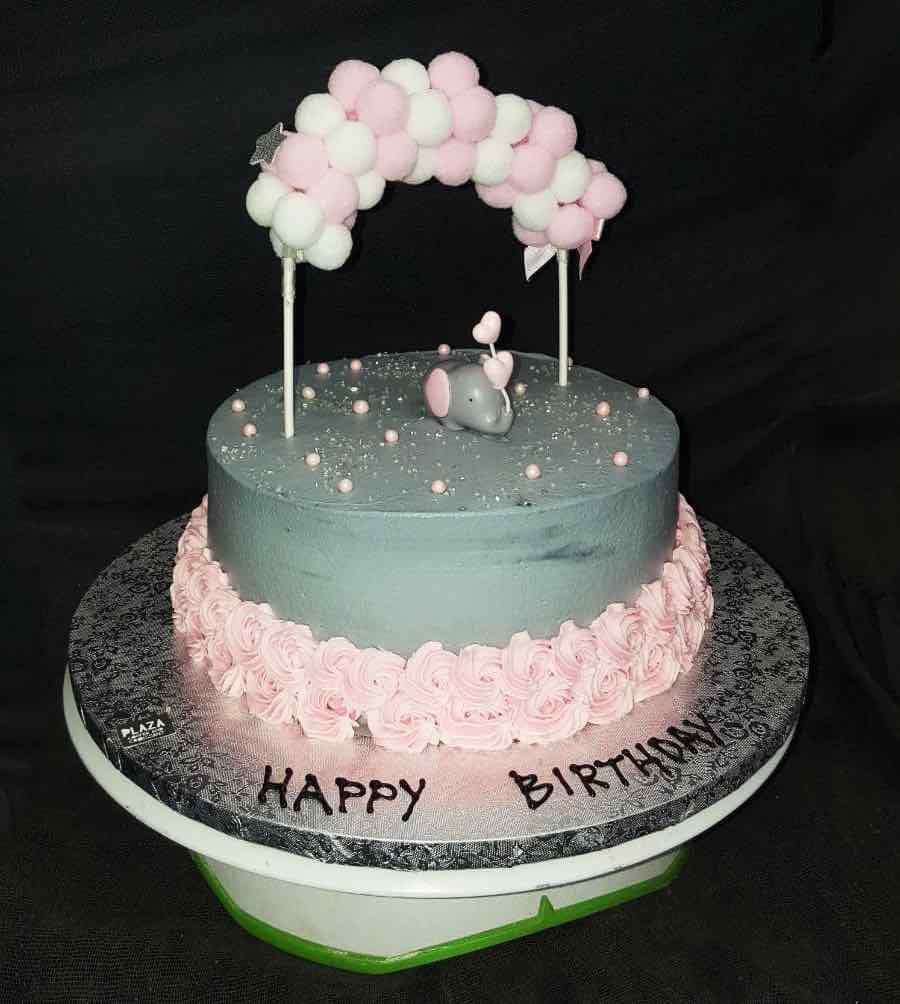 plaza-cakes00016