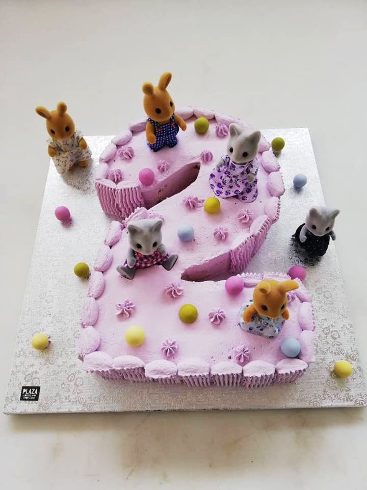 χειροποιήτες-τούρτες-plaza